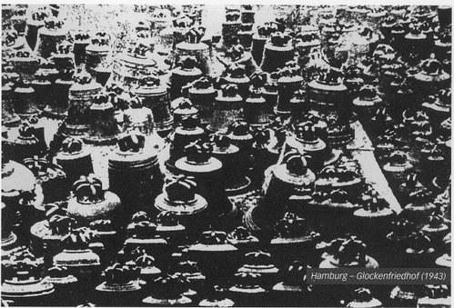 Hamburg - Glockenfriedhof (1943) Foto: M.Schilling