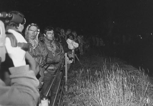 KLANG FELSEN HELGOLAND, ca. 2000 Zuhörer an der Felsenklippe